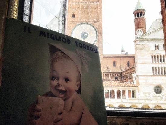 Locandina Storica Sperlari con piazza di Cremona